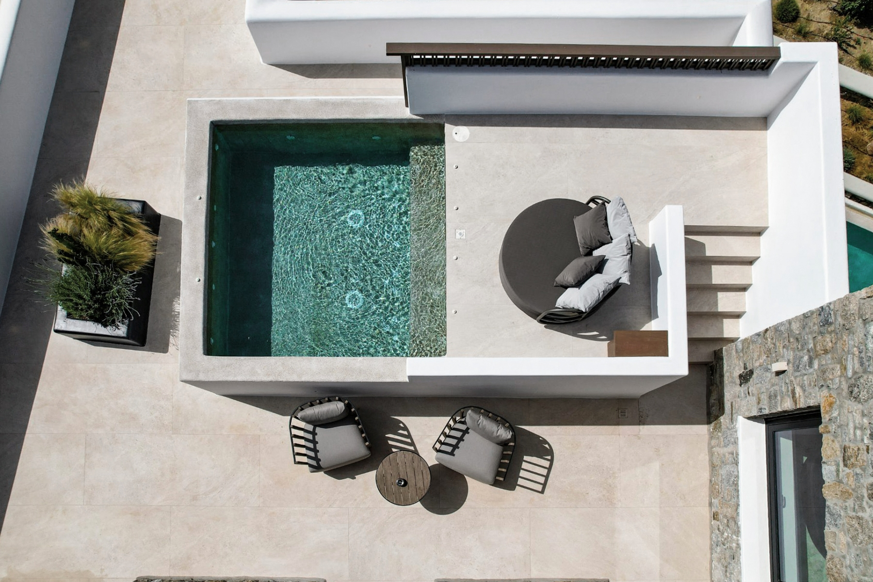 1_18_Aeonic-Suites-Spa-Celestial-Suite-with-Private-Pool-1